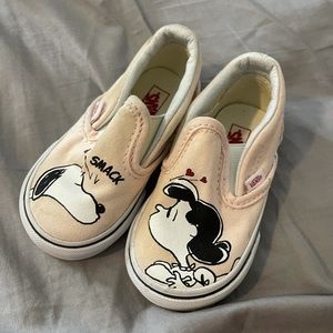 Baby girl snoopy vans shoes